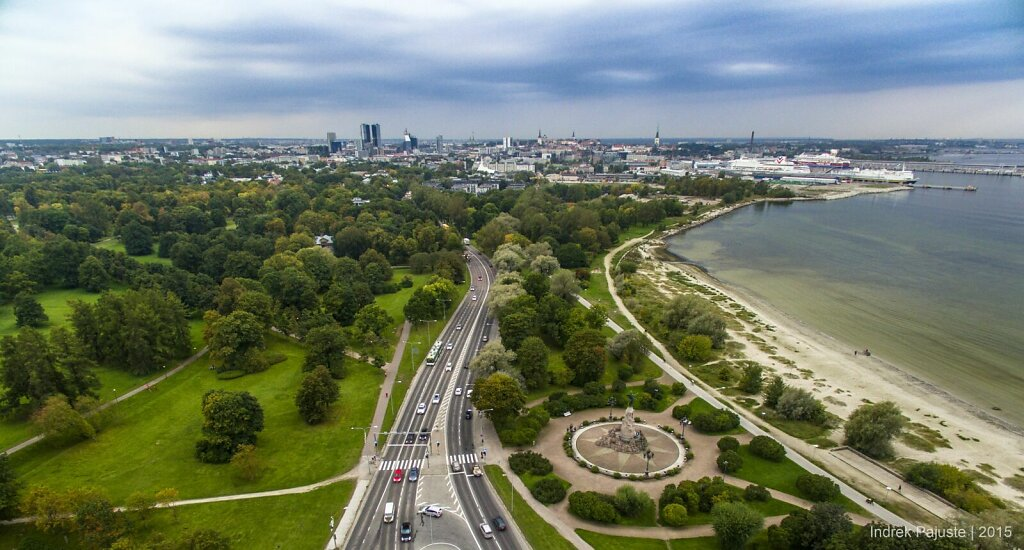 Vaade Russalka juurest Tallinnale